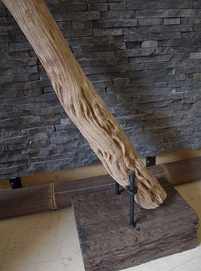 holzskulptur liane auf standfu holzkunst lianen statue deko holzobjekt. Black Bedroom Furniture Sets. Home Design Ideas